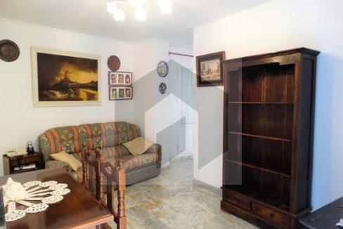 Ref 415, Centrico apartamento con patio: salon
