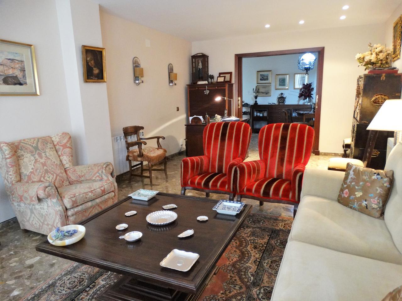 Luminosa y cuidada vivienda en el corazón de Huelva