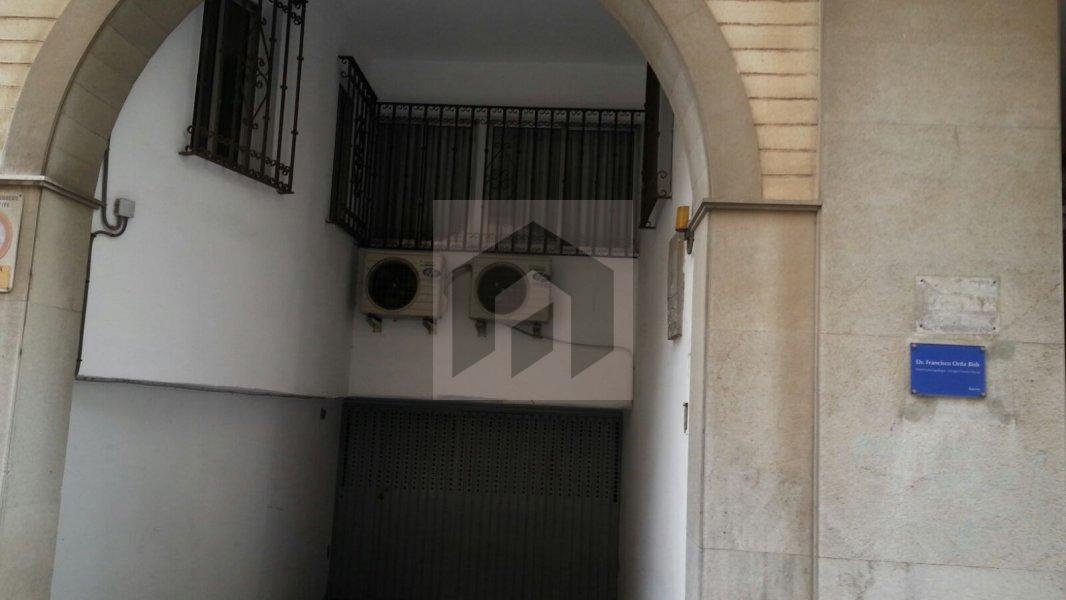 Garaje en Calle Rábida