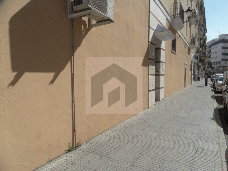 Local en el centro de Huelva