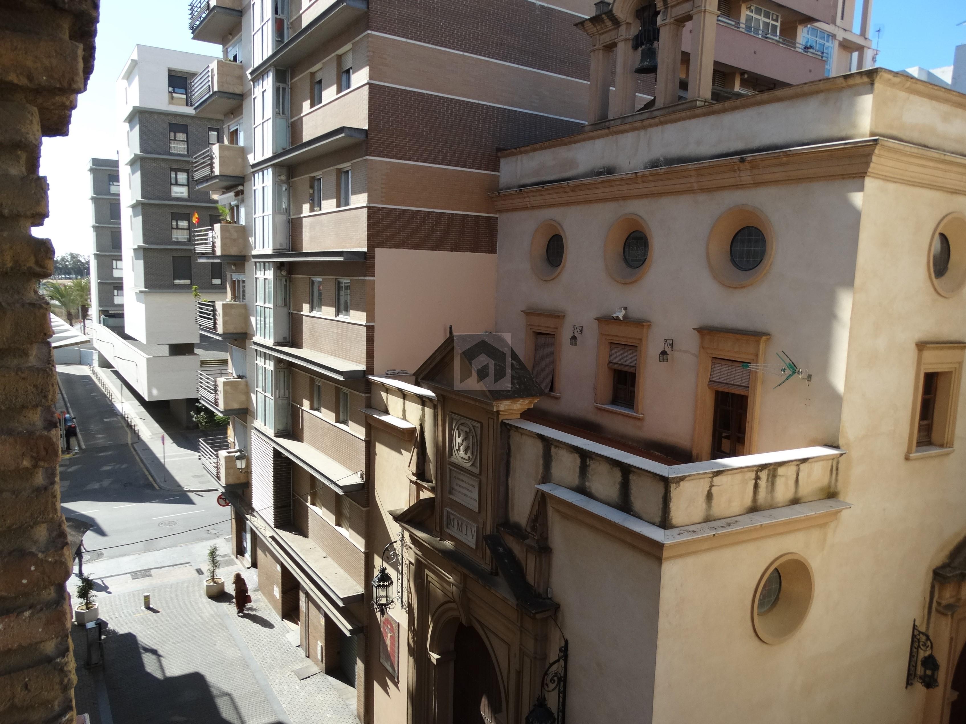 Amplio piso en el corazón de Huelva